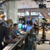 Studenti AG při práci v televizním studiu WDR
