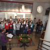 """Obrázek k článku Jubilejní čtyřicáté """"Zpívání na schodech"""" a posvěcení adventního věnce"""