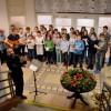 Obrázek k článku Zpívání na schodech AG 6.12. 2019